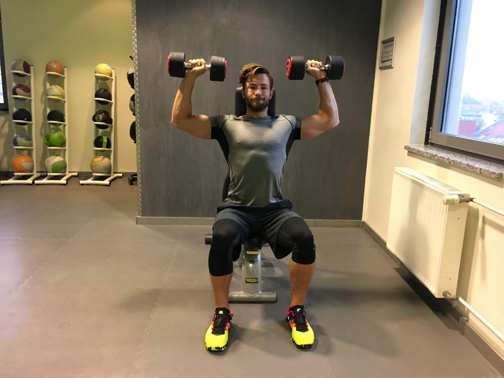Kurzhantel Arnold Press