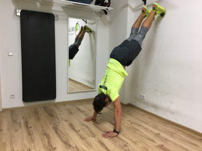 handstand-push-ups_02